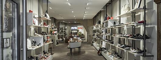 Regensburg: ara Shoes
