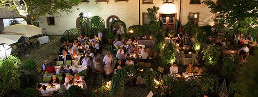 Regensburg: Restaurant - Hotel Bischofshof am Dom